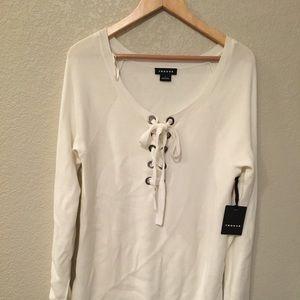 Trouve V-neck sweater with slit sides